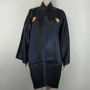 Other - Vintage Kimono Robe Made in Japan Embroidered Gold